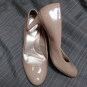 Dexflex Comfort Women Shoes Size 9W Nude color